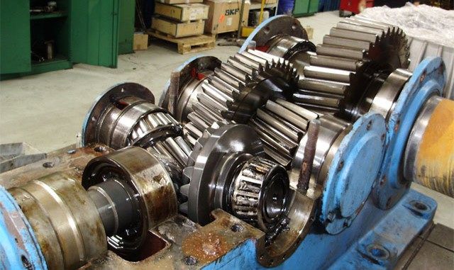 Industri Perbaikan Gearbox